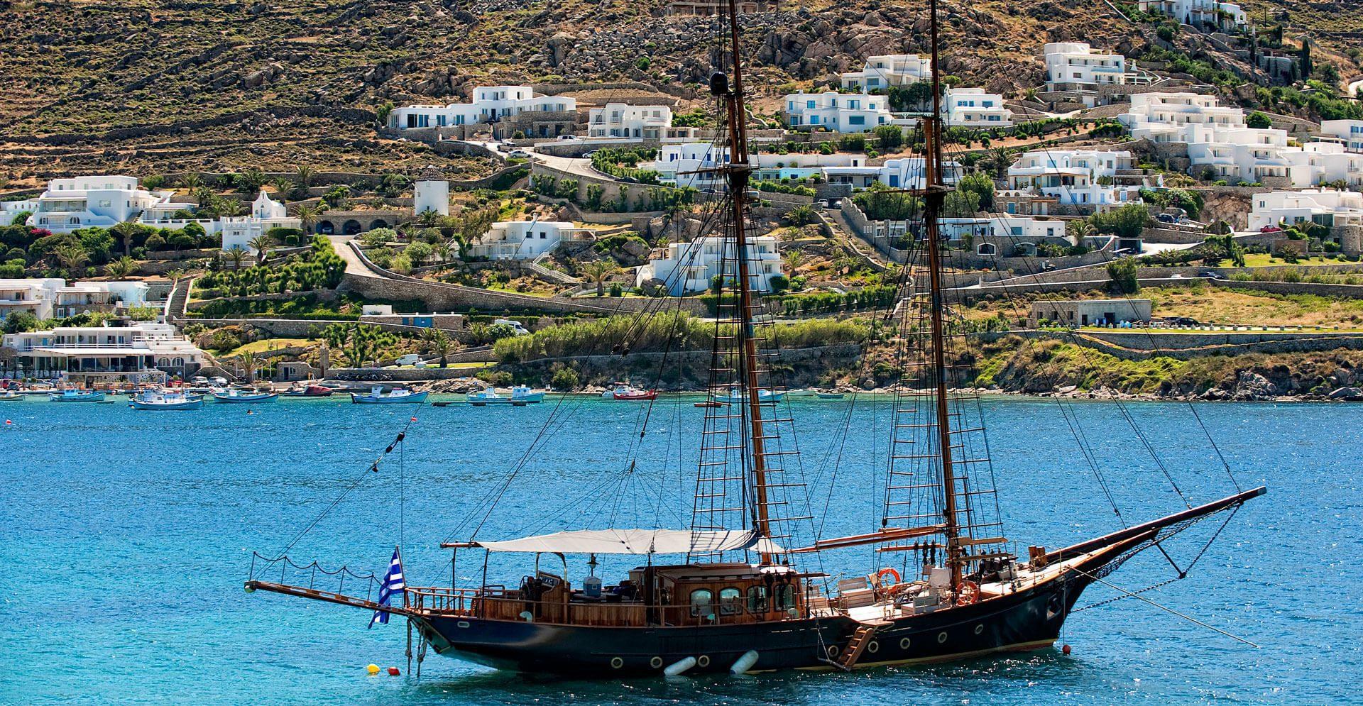 Mykonos_Yacht1
