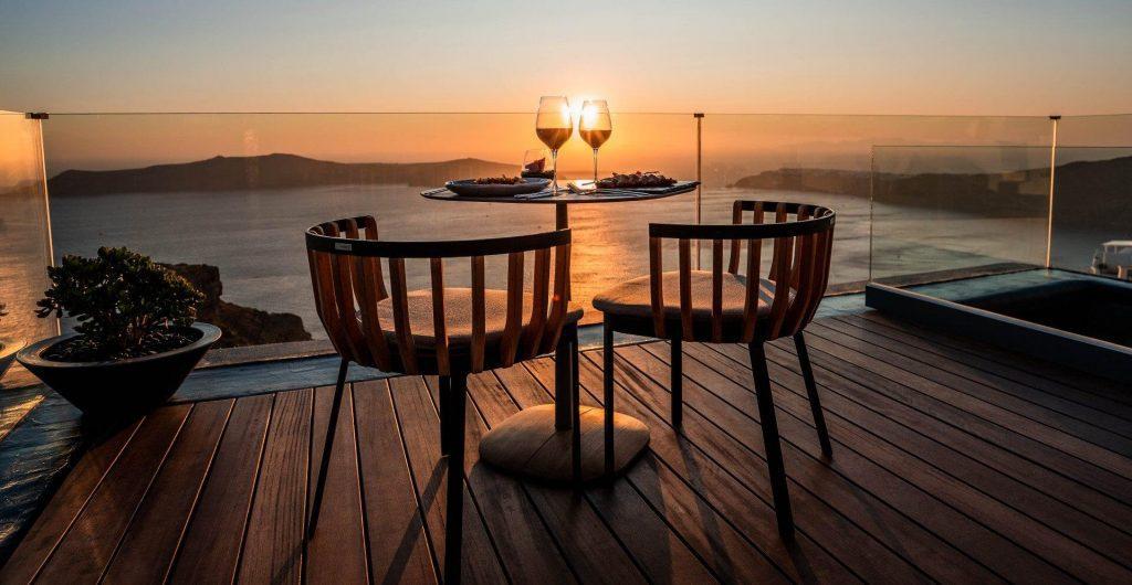 santorini romantic dinner